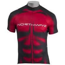 NW DRES MUSCLE 2010 045 red-black